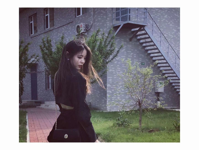 陪玩妹子萱萱小祖宗✨的照片7